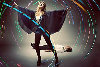 "Souvenir estrenan el videoclip de ""Dance It Away"""