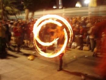 El Womad se queda en una sola jornada de festival
