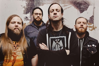 Enter Shikari suspenden en Bilbao y Cancer Bats tocan en Barcelona