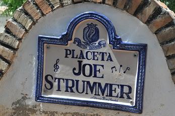 Joe Strummer ya tiene su plaza en Granada