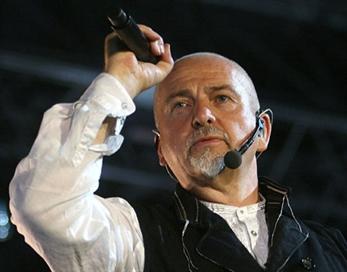 Arcade Fire y Bon Iver se unen a Peter Gabriel