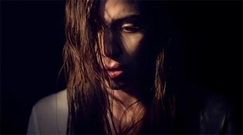 El retrato en primer plano de Lykke Li
