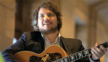 Escucha los nuevos temas en directo de Jeff Tweedy (Wilco)
