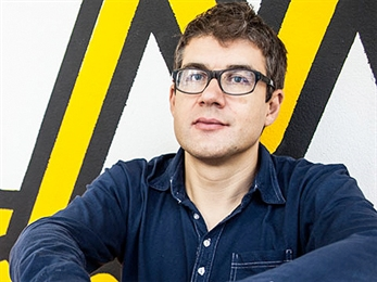 Simon Reynolds firmará su obra mañana sábado en Barcelona