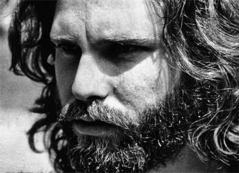 Marianne Faithfull asegura que su ex mató a Jim Morrison