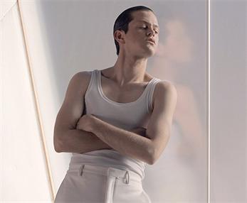 Escucha el ambicioso tercer disco de Perfume Genius