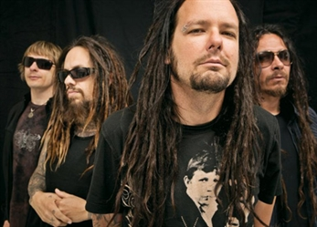 "Korn y Slipknot versionan ""Sabotage"" de Beastie Boys"