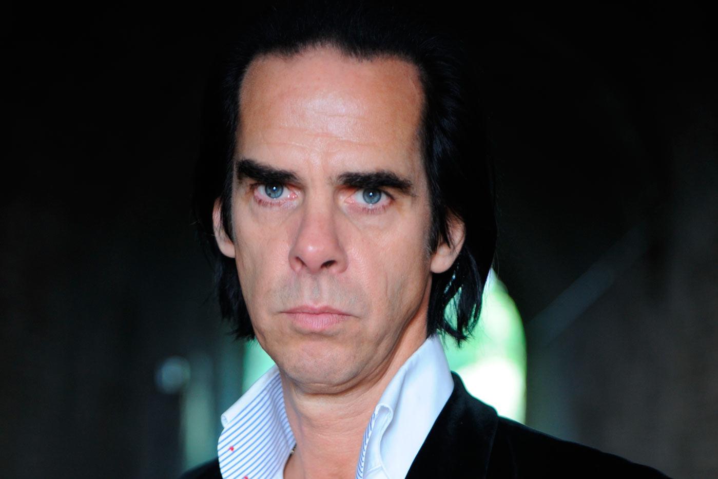 """Nick Cave versiona (de nuevo) """"Avalanche"""", de Leonard Cohen"""