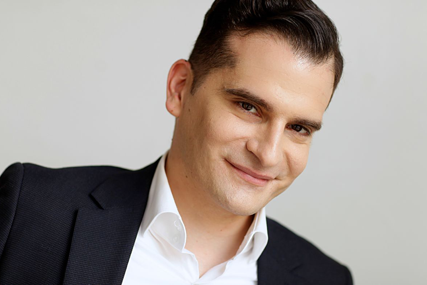 El ex-bajista de Interpol busca trabajo como actor