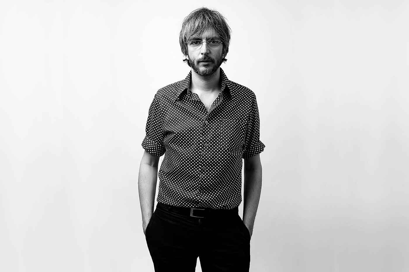 """Xoel López reúne Deluxe y publica una nueva versión de """"Reconstrucción"""""""