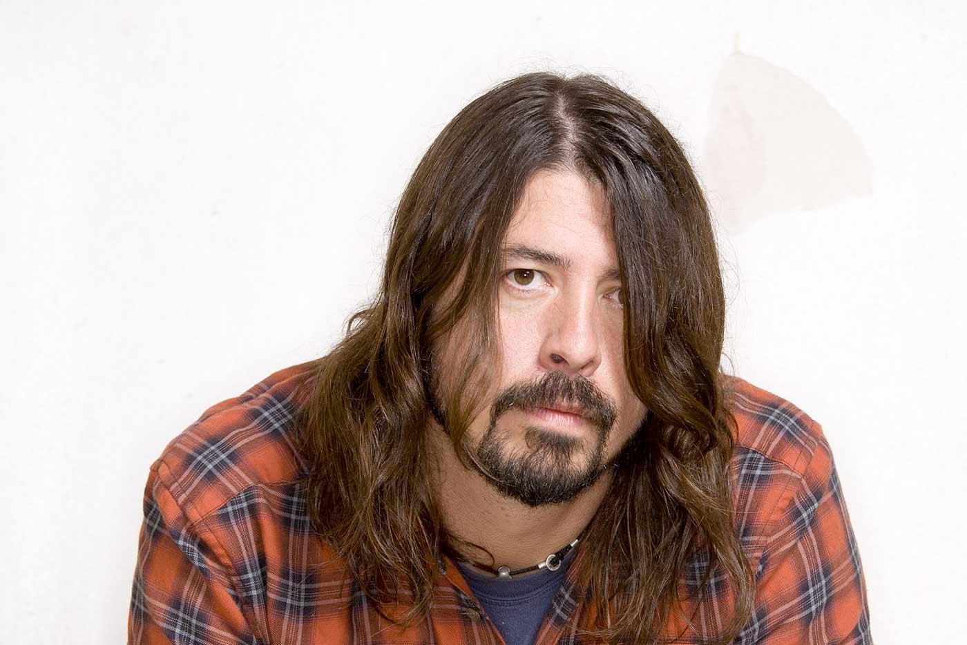 Dave Grohl, más allá de Foo Fighters