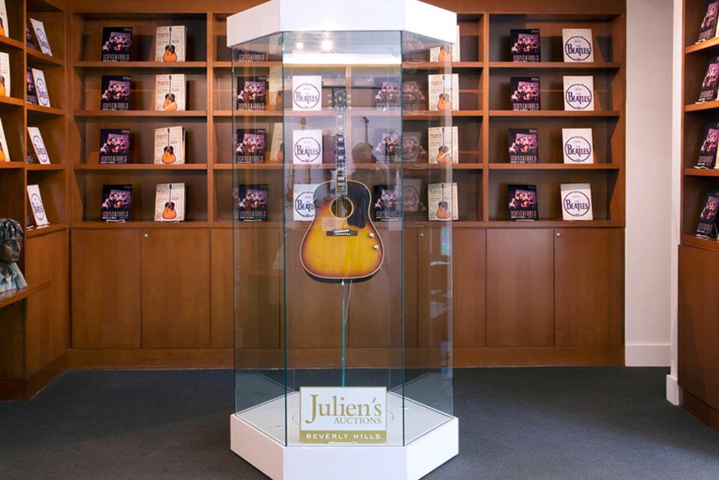 Aclam Guitars diseñan el soporte para la guitarra de John Lennon