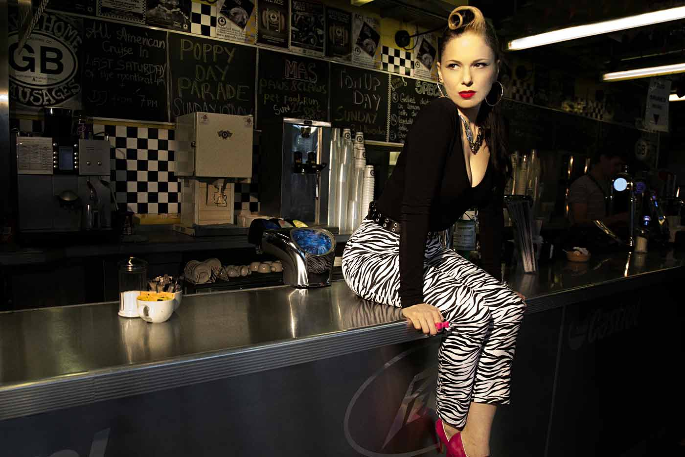 Imelda May y The Scientists se suman al Azkena