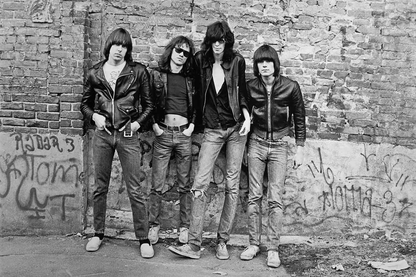 El debut de Ramones cumple 40 años