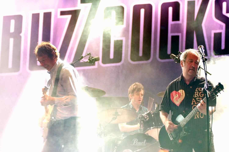 Concierto 40 aniversario de los Buzzcocks en Gijón