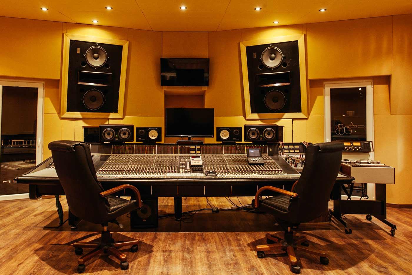 Estudios de grabación: donde se cocina la música (2)
