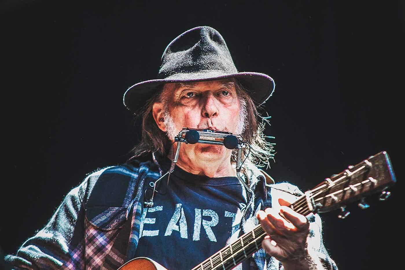 Sidonie serán la banda de apoyo de Neil Young