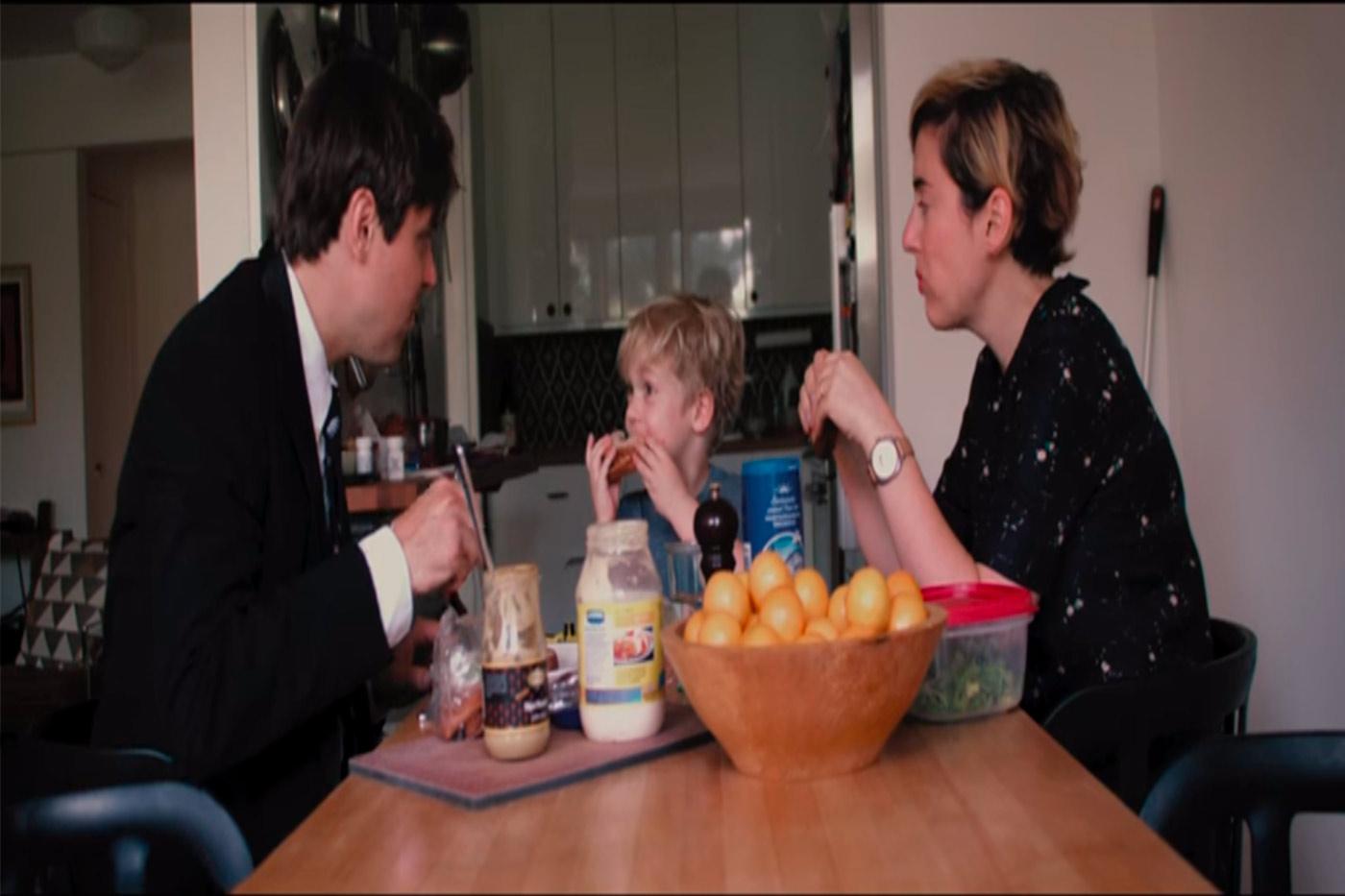 Will Butler (Arcade Fire) lanza nuevo videoclip protagonizado por su familia