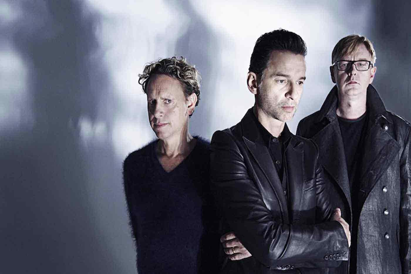 Escucha el nuevo single de Depeche Mode