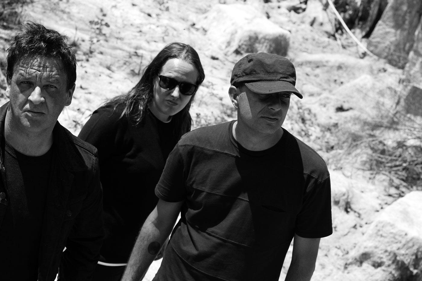 Estrenamos el vídeo-single de adelanto del debut de Paranormales