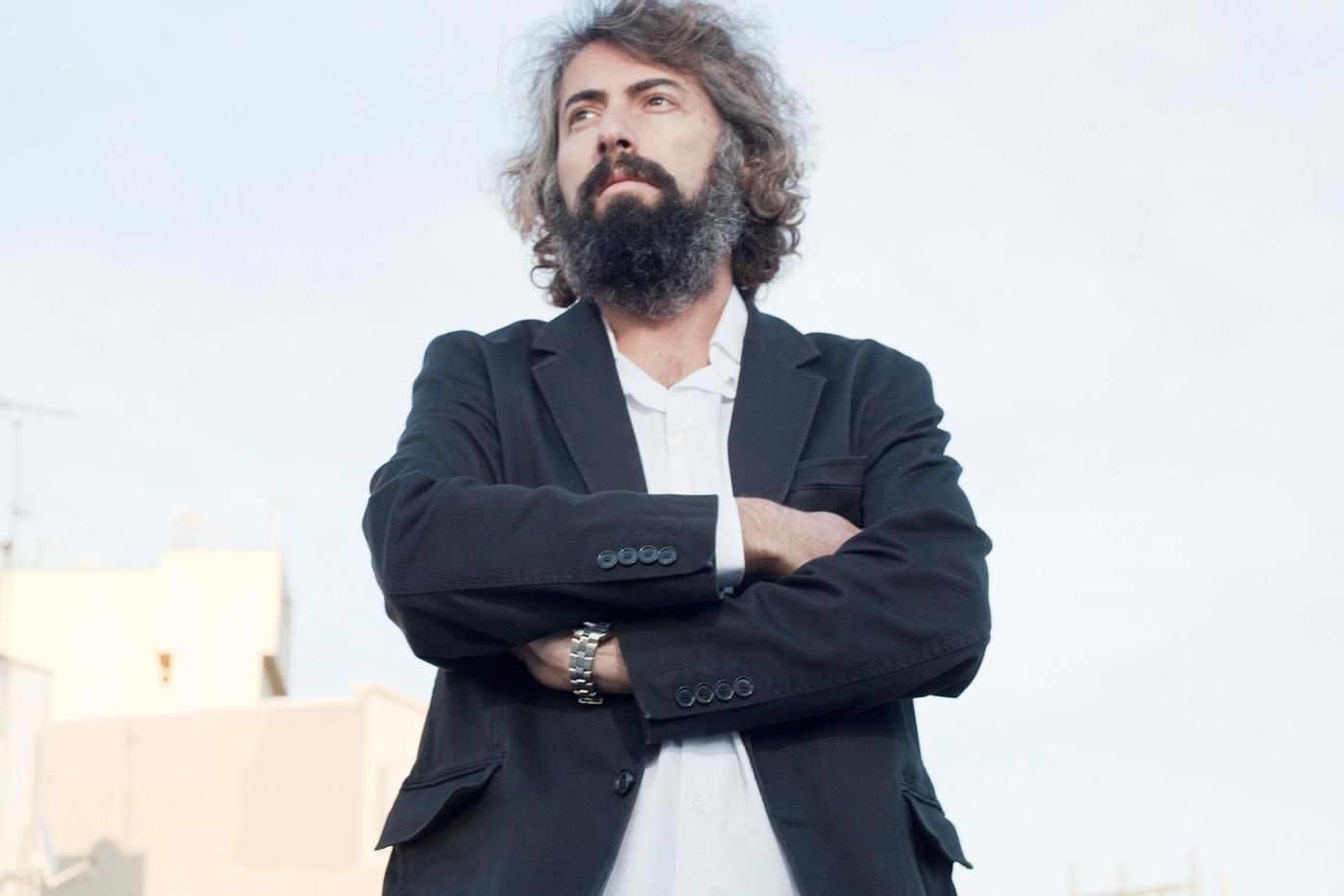 Sr Chinarro reúne sus epés del periodo 1993-2002 en un disco