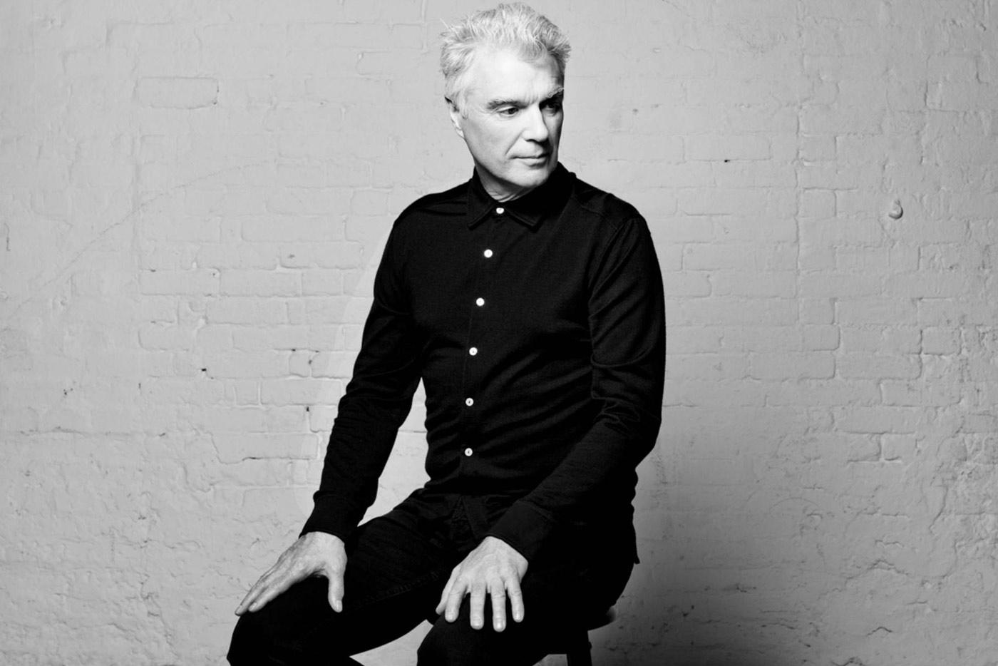David Byrne anuncia nuevo álbum para marzo de 2018