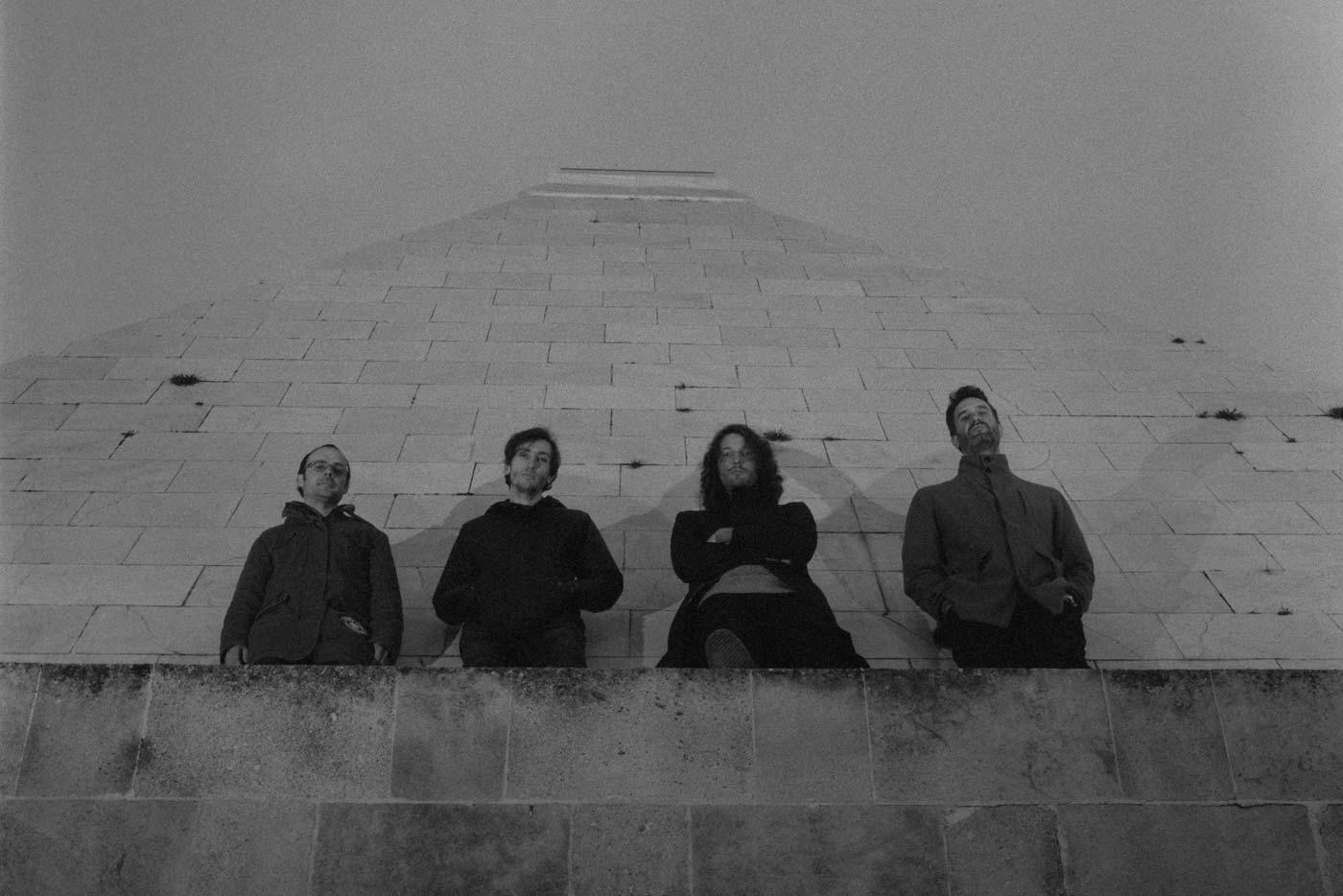 We Are Not Brothers presentan nuevo disco y un potente directo audiovisual