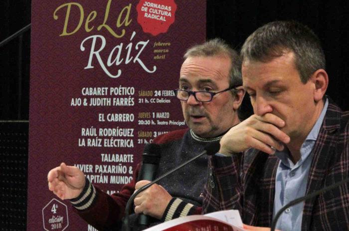 José Luis Cortés, organizador, y Fernando Rivarés, Consejero de Cultura, durante la presentación del IV Ciclo De La Raíz