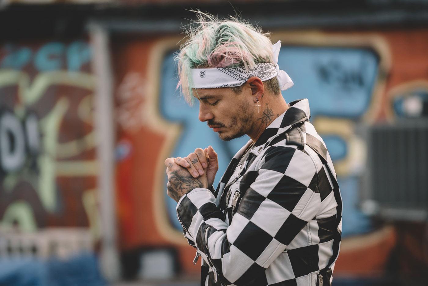 """J Balvin anuncia nuevo disco, """"Vibras"""""""