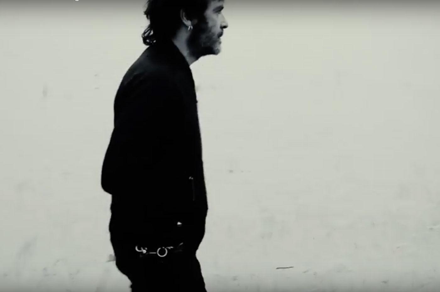 Estreno del videoclip de «Tentative de guérison» de Julien Elsie