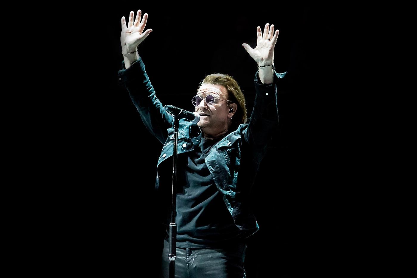"""Ahimsa"", el canto a la no violencia de U2 y A.R. Rahman"