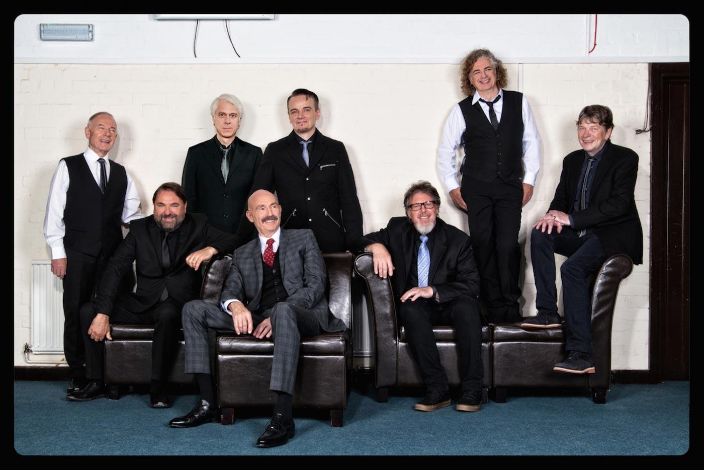 El Doctor Music sorprende con tres conciertos de Underworld y King Crimson