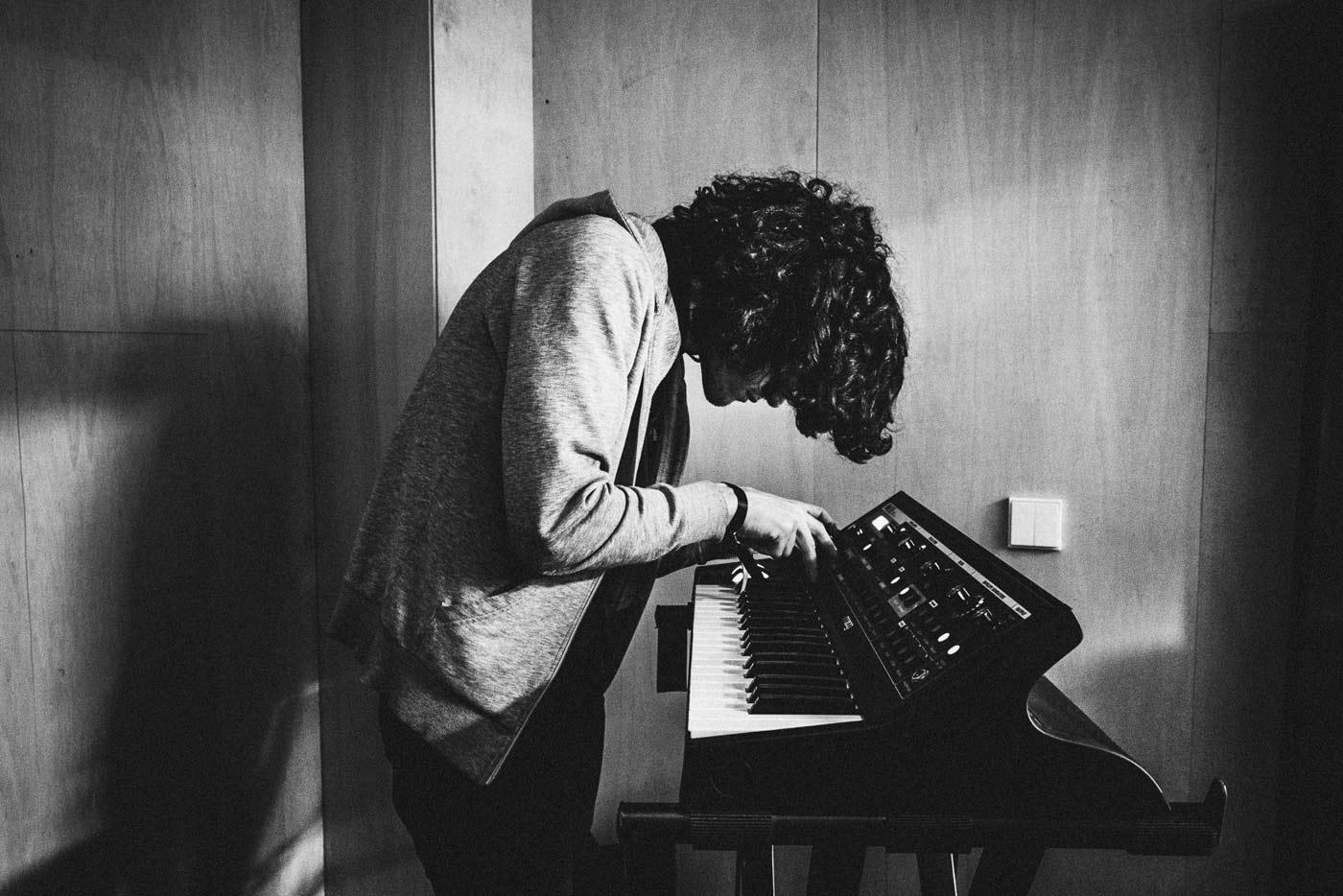 "Estrenamos el remix de Skygaze del ""Timid Peaks"" de Daniel Van Lion"