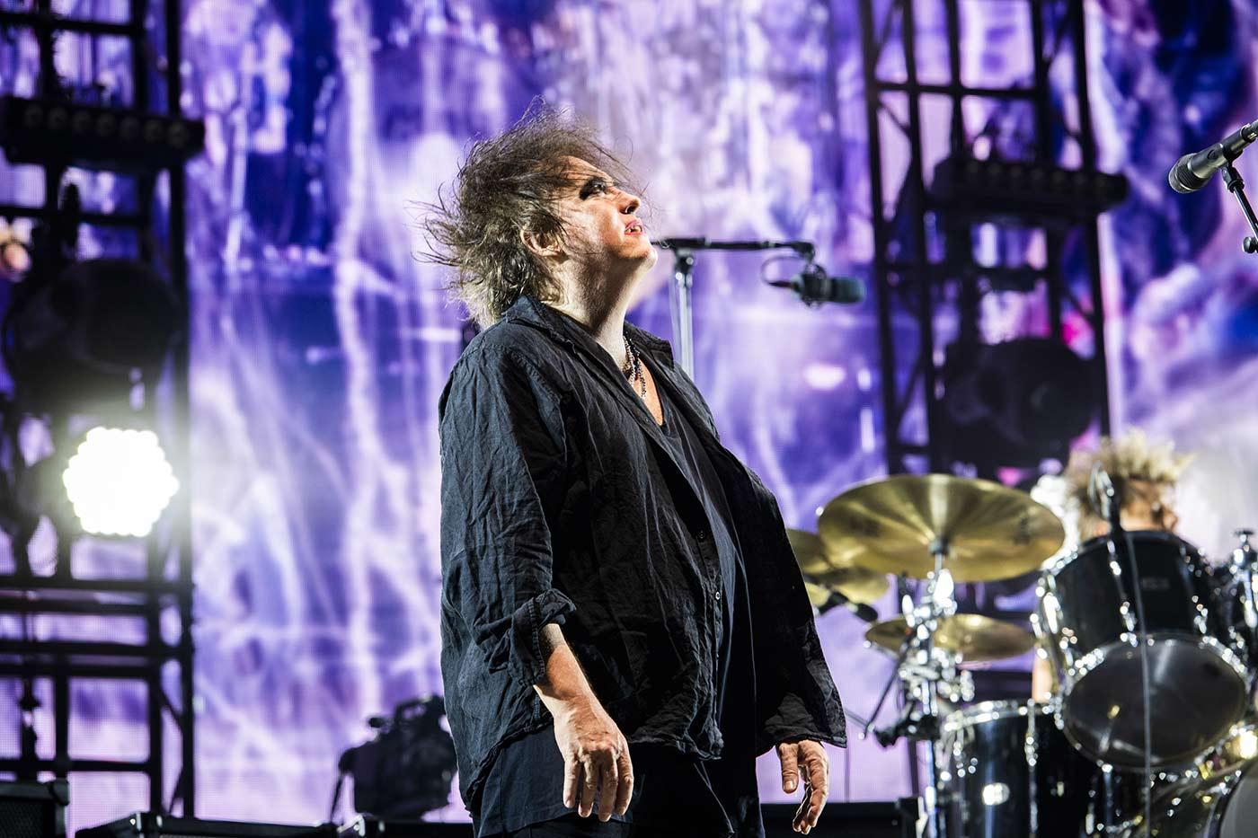 Robert Smith anuncia que el nuevo disco de The Cure saldrá este año