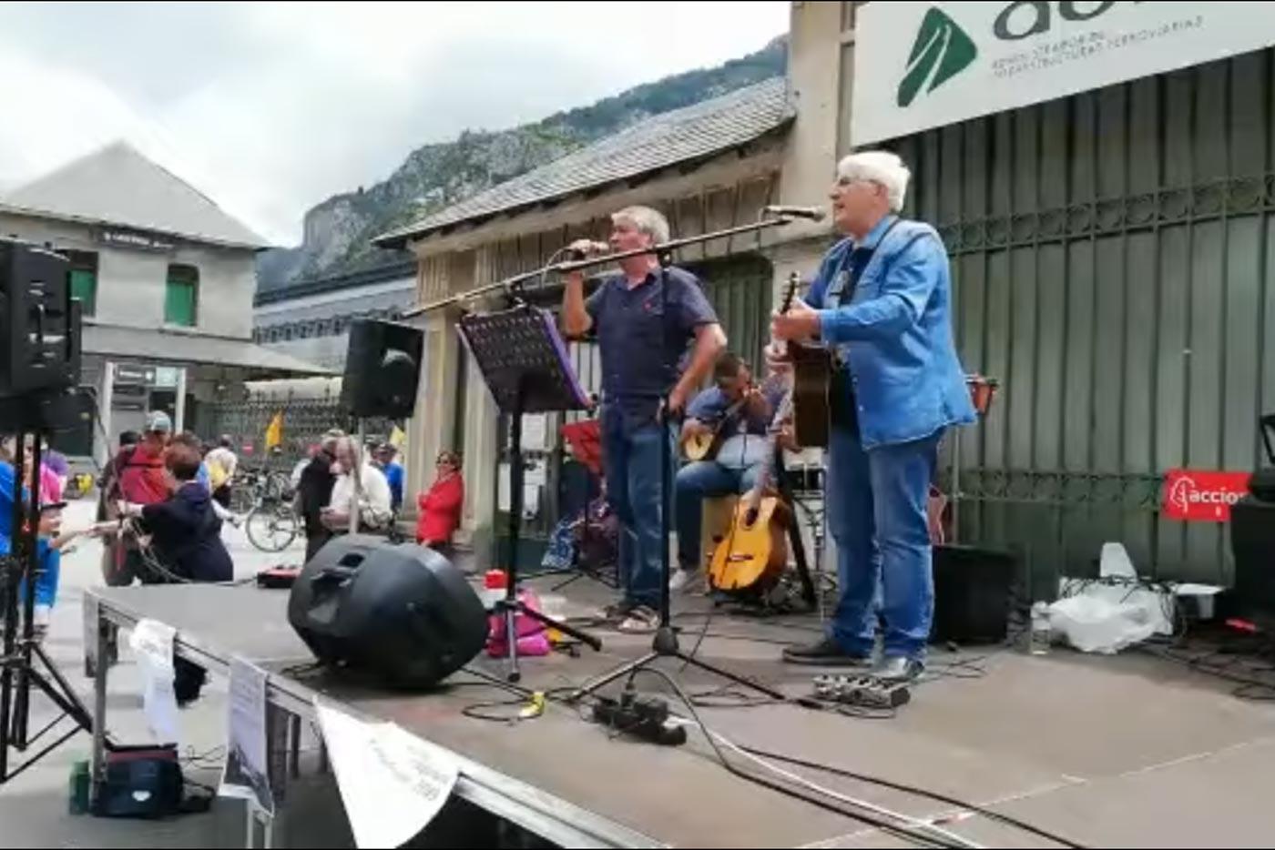 La Guardia Civil expedienta al grupo Adebán por una canción antimonárquica
