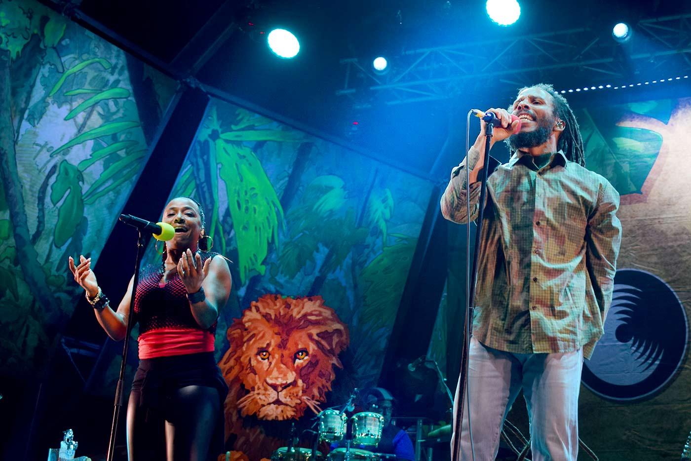 Rescatar La Tierra a ritmo de reggae
