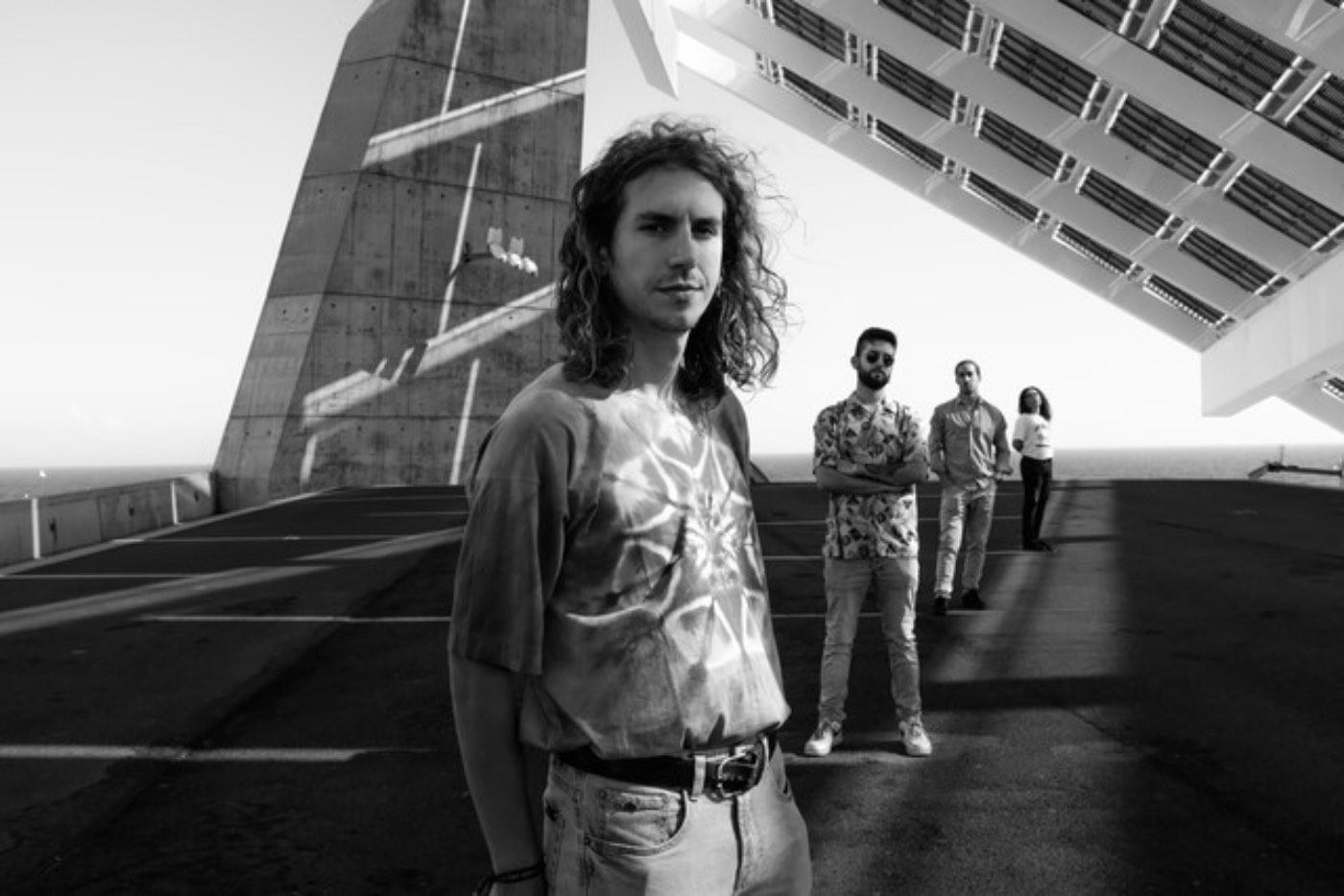 """Sons of Med estrenan """"Life Goes On"""", segundo adelanto de su nuevo EP"""