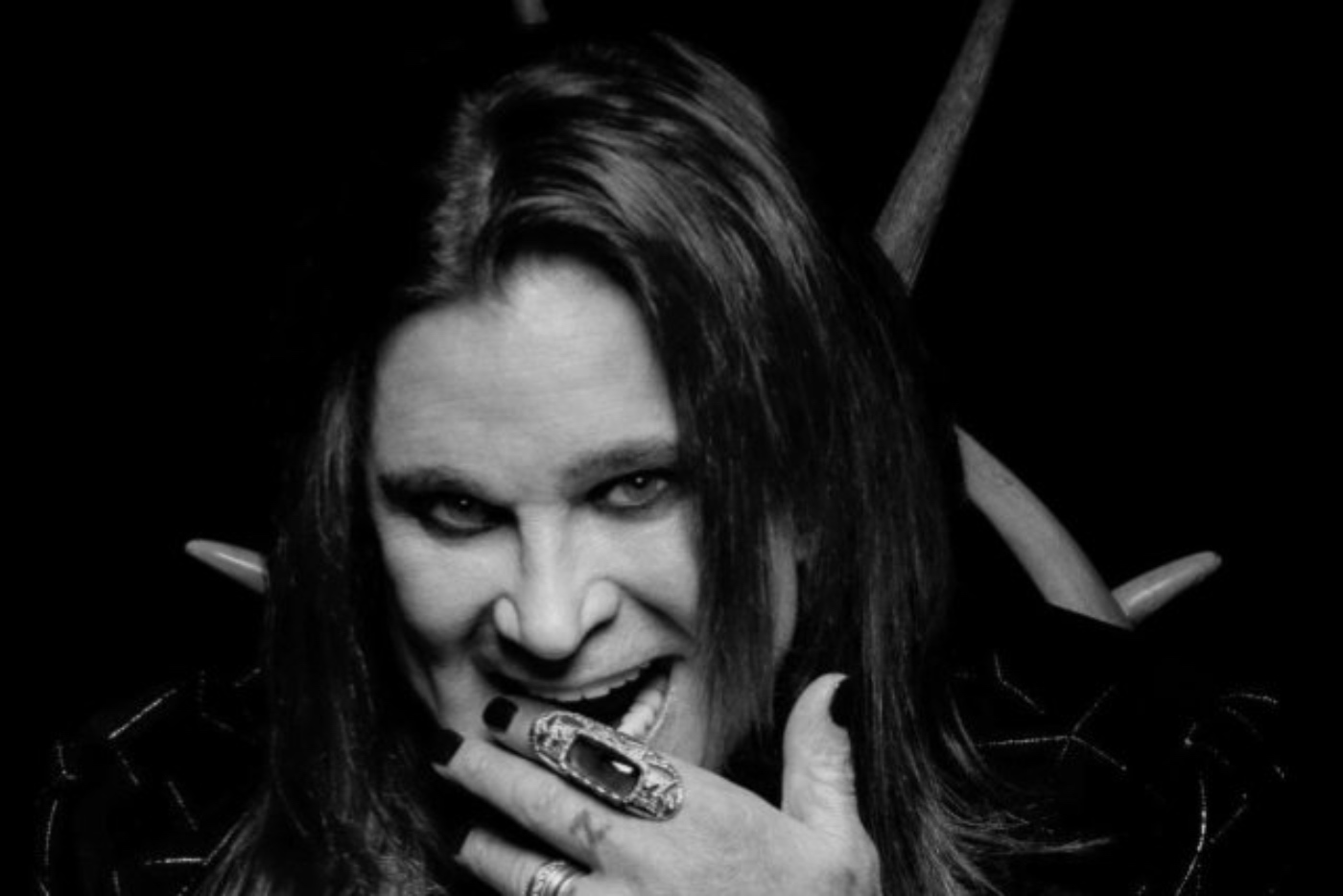 "Ozzy Osbourne estrena ""Under the Graveyard"", primer single de su nuevo álbum"