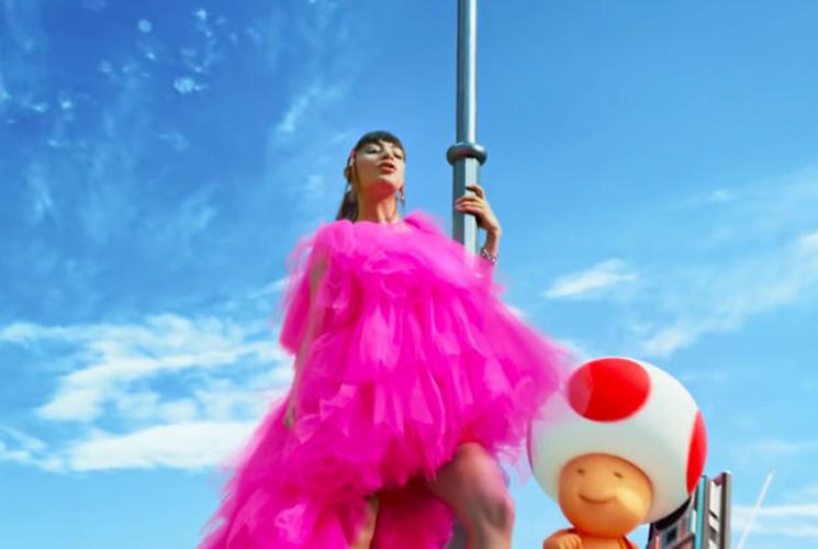 Charli XCX y Galantis ponen banda sonora al parque temático Super Nintendo World