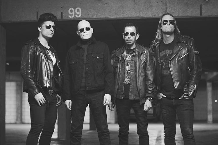 Nuevas fechas (y mayores recintos) para la gira española de The Sisters of Mercy