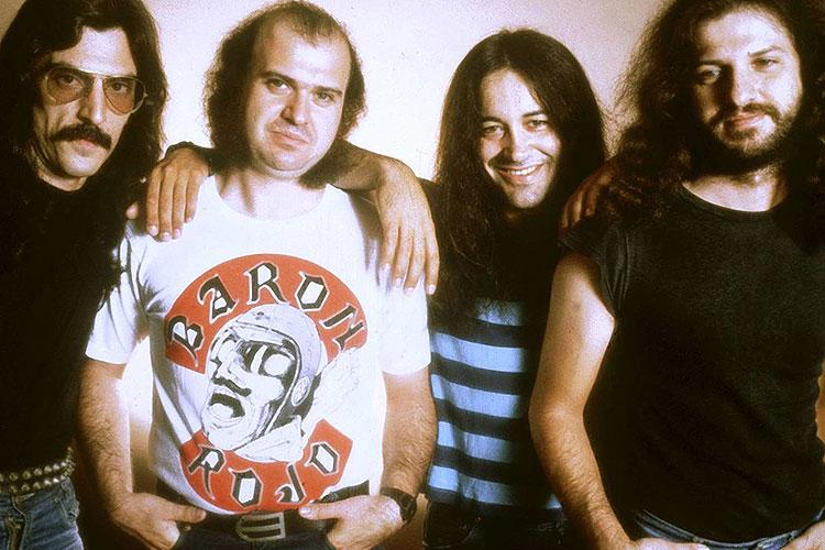 """El otro """"Resistiré"""" y los grandes del heavy metal español de los ochenta"""