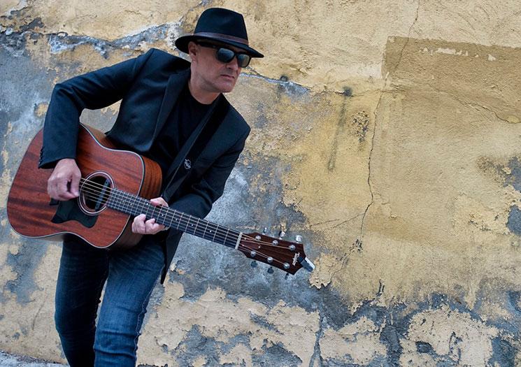 Javier Sólo publica disco-libro resumen de su carrera