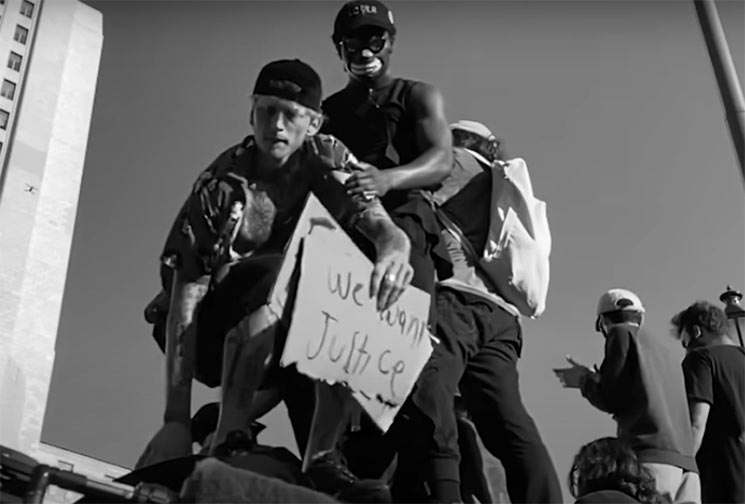 Machine Gun Kelly versiona a R.A.T.M. en favor de Black Lives Matter