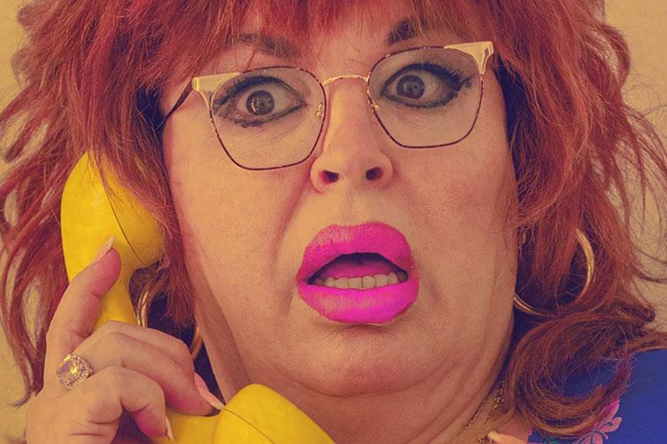 Paca La Piraña: ¿dígame?