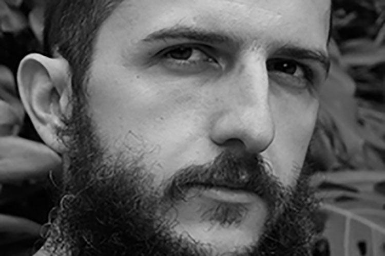 """Entrevistamos a Álvaro Ortiz, autor del cómic """"El murciélago sale a por birras"""""""