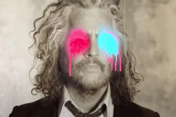 The Flaming Lips materializan su concierto dentro de burbujas gigantes