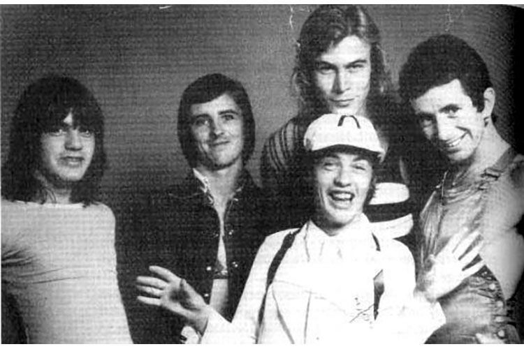 Fallece Paul Matters, antiguo bajista de AC/DC
