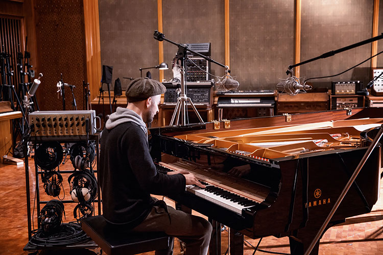 """Nils Frahm presenta álbum en directo """"Tripping With Nils Frahm"""""""