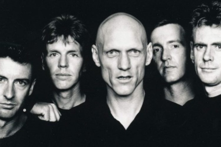 Muere Bones Hillman, bajista y vocalista de Midnight Oil, a los 62 años