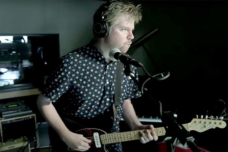 Bon Iver co-escribe, graba y co-produce el nuevo disco de Aero Flynn